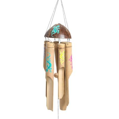 Bamboo windchime painted gecko