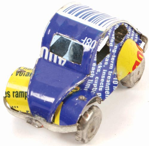 Mini VW Beetle made from recycled cans 3.5cm