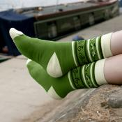 Bamboo socks, bicycles green and cream, Shoe size: UK 7-11, Euro 41-47