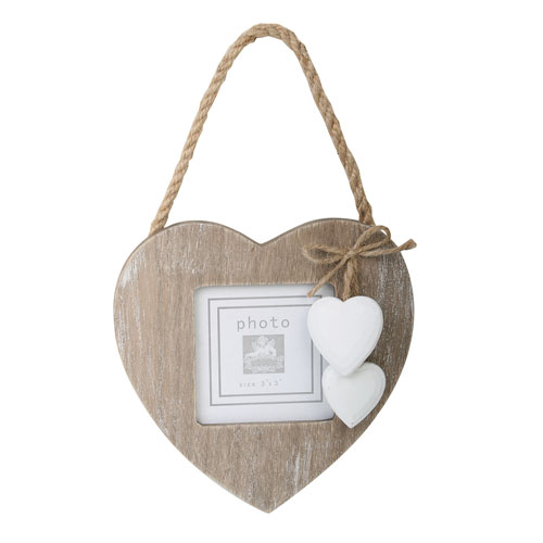 Hanging heart frame with 2 white hearts **