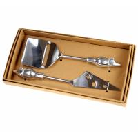 2 cheese cutters/knives in presentation box