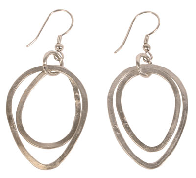 Earrings silver colour 2 oval hoops