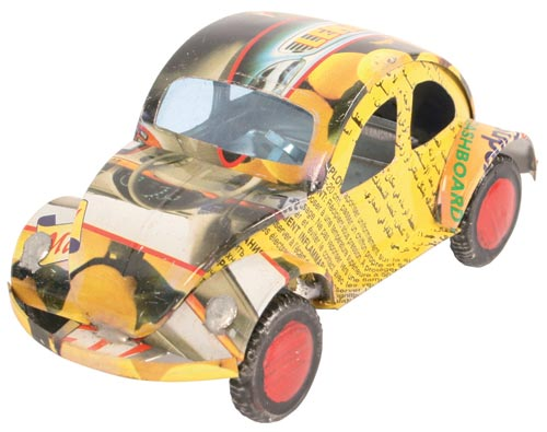 VW Beetle car recycled cans 12cm