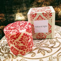 Candle pineapple damask red + white, 7.5cm flat
