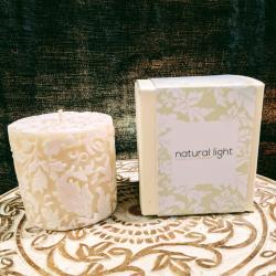 Candle damask leaf white + ivory, 7.5cm flat