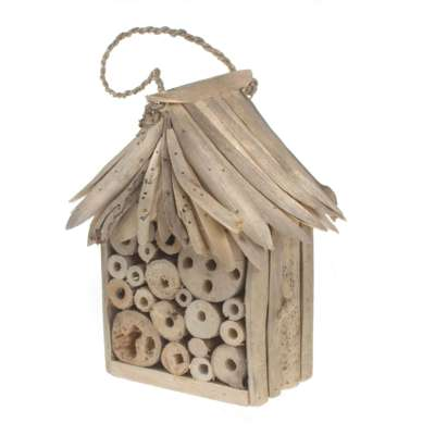 Bee/bug house driftwood roof and sides, 14x12x23cm