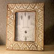 Photo frame, wood white cut out floral design, 7x5inch photo