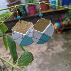 Earrings gold colour, turquoise and grey/white teardrop